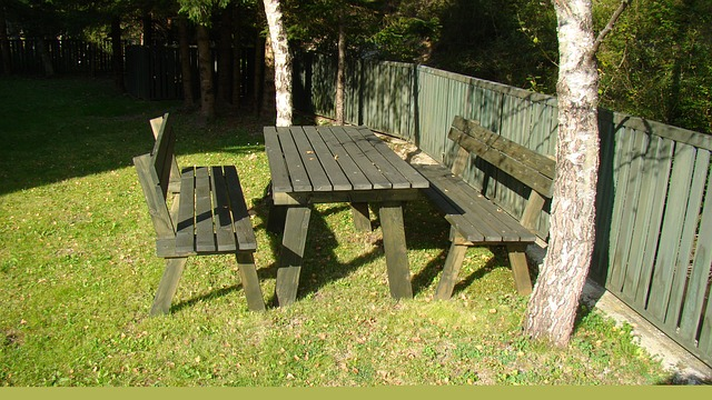 Tips to Choose your Garden Furniture and Maintain Them-2