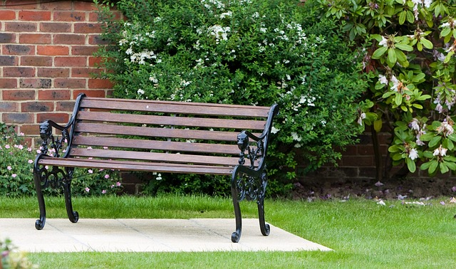 Tips to Choose your Garden Furniture and Maintain Them